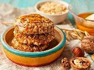 Рецепта Бързи и лесни хрупкави веган овесени медени бисквити